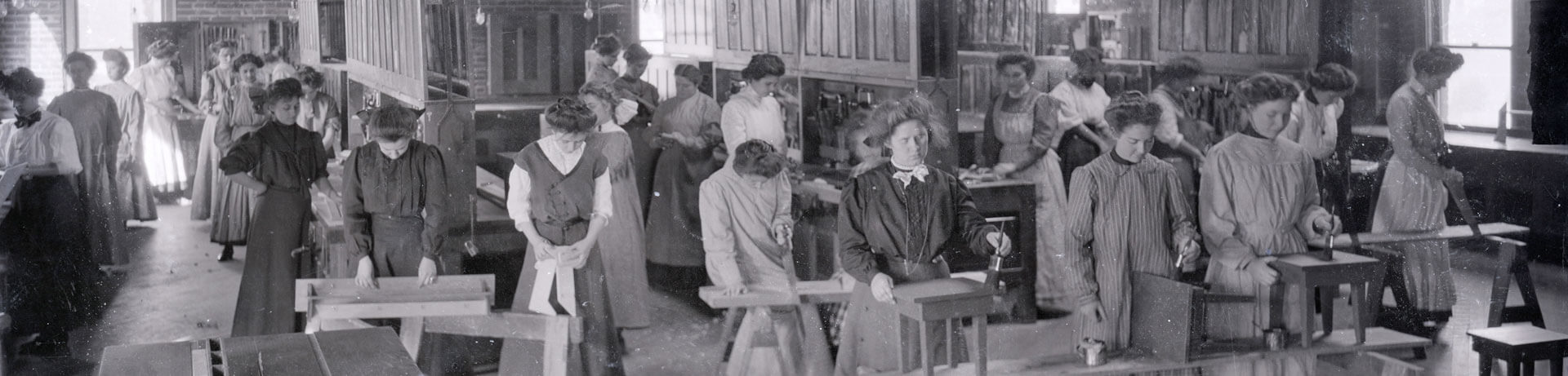 Photo of students in class from archives and special collections